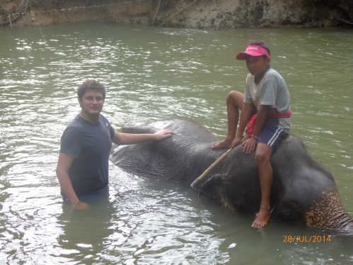 Ethan bathing his elephant. Note the boy with the knife. There was just no need for it.